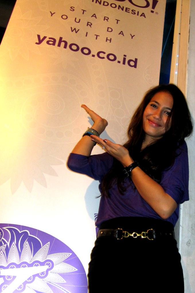 Yahoo indonesias most interesting flickr photos picssr pevita pearce yahoo indonesia stopboris Gallery