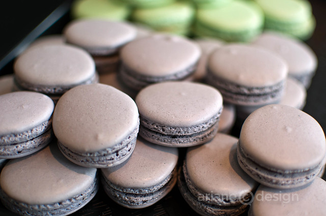 Earl Grey and pistachio macarons