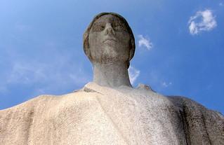 Kuva Daughters of the American Revolution. sculpture statue dc washington dar dcist daughtersoftheamericanrevolution constitutionhall cstreet gertrudevanderbiltwhitney foundersofthedaughtersoftheamericanrevolution