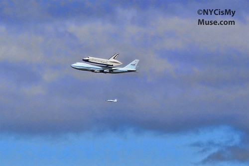 Space Shuttle Flying down the Hudson
