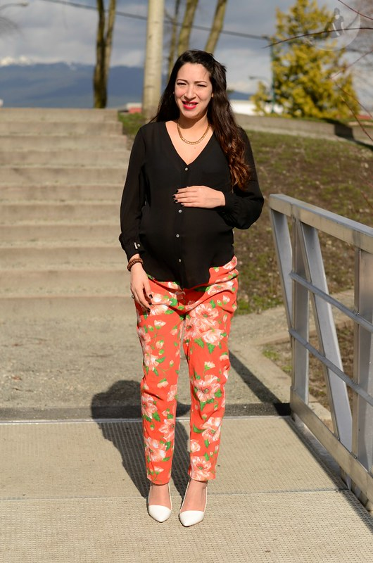 9 Months Maternity Outfit: Floral Sweats + Heels