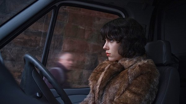 Scarlett Johansson is just the outer casing for an alien UNDER THE SKIN.