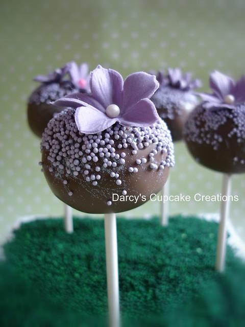 Flower Cake Balls : purple flower cake pops Flickr - Photo Sharing!
