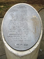 Photo of Grey plaque number 9371
