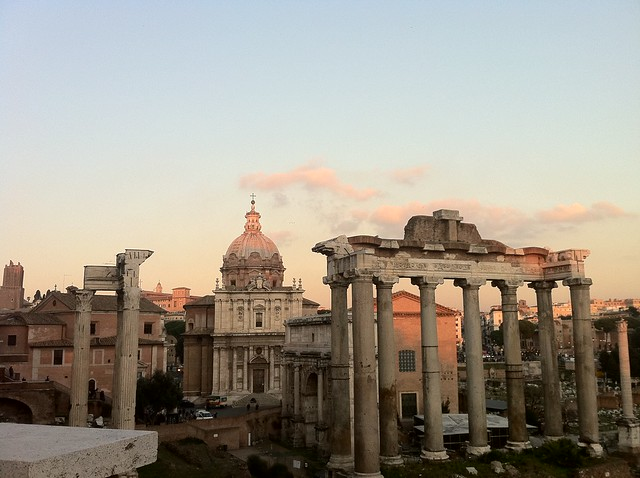 Roman Forums at sunset in Rome, Italy - Flickr CC melissa.delzio