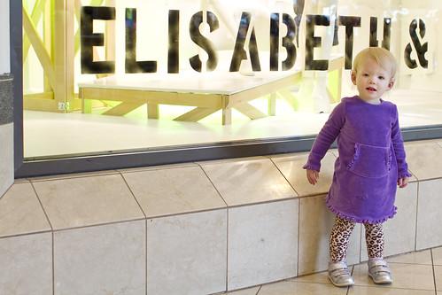 Elisabeth &