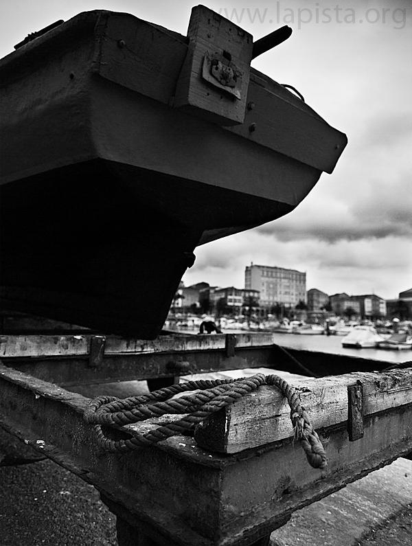 8629_Bote_en_Puerto_Ferrol