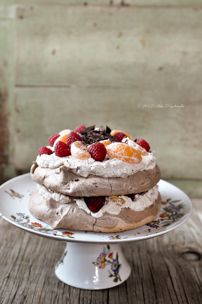 Chocolate Pavlova with Chestnut cream1