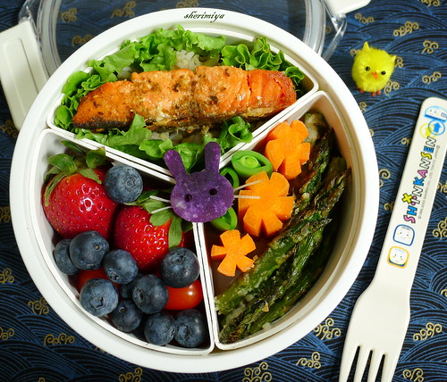 Purple Bunny Bento by sherimiya ♥
