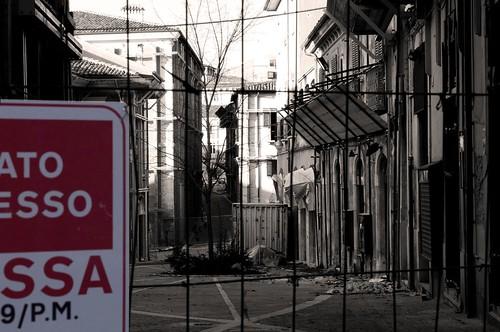 Zona roSSA, L'Aquila