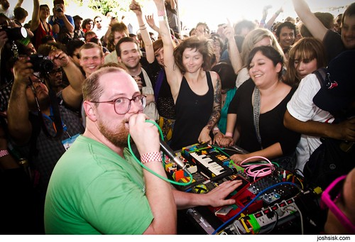 Dan Deacon Ensemble @ SXSW 2012