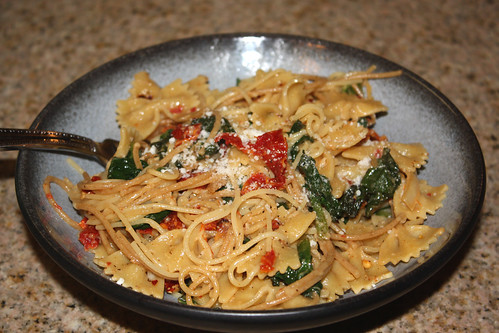 Brie, Spinach & Sun Dried Tomato Pasta