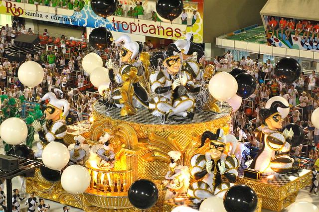 Rio's Carnival: Sao Clemente7