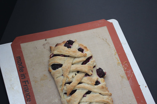 Blackberry Cream Cheese Danish Pie