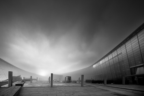 59/366 - Foggy sunset at Telenor HQ - Explored