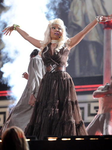 Nicki Minaj 2012 GRAMMY AWARDS 10