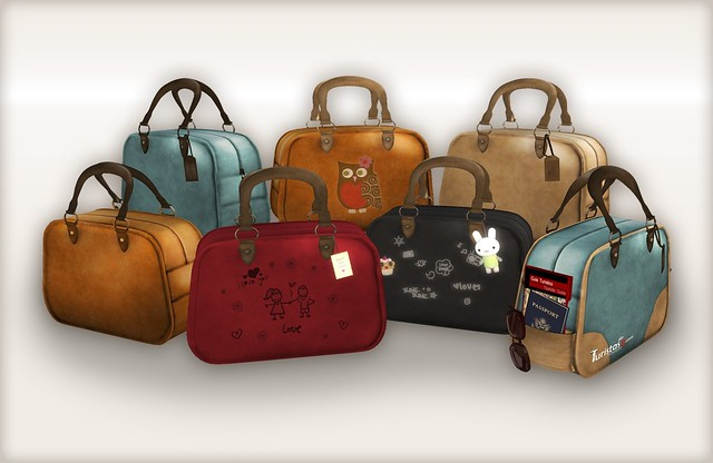 Freebie time: travel bags!