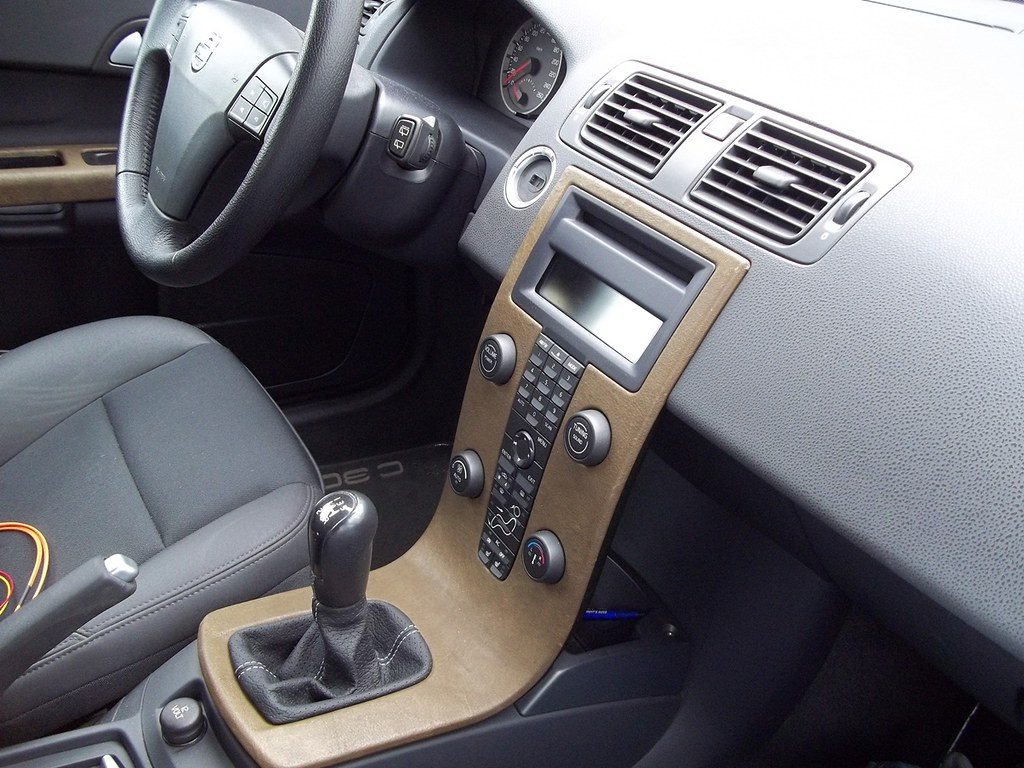 General: - USB, Bluetooth and MP3 on a 2007 C30! And it