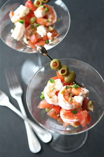 Shrimp-Martini-Appetizer-Recipe-with-Tomato-Olives-&-Jalapeno-Pepper-Cookin-Canuck