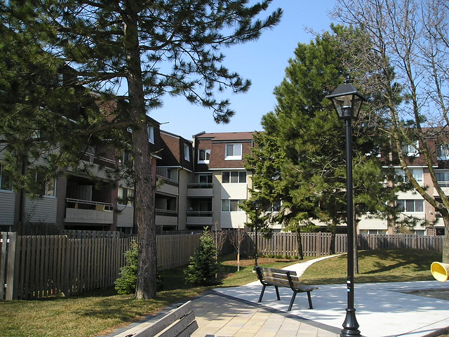 2170 Bromsgrove Rd Clarkson Mississauga Townhouse