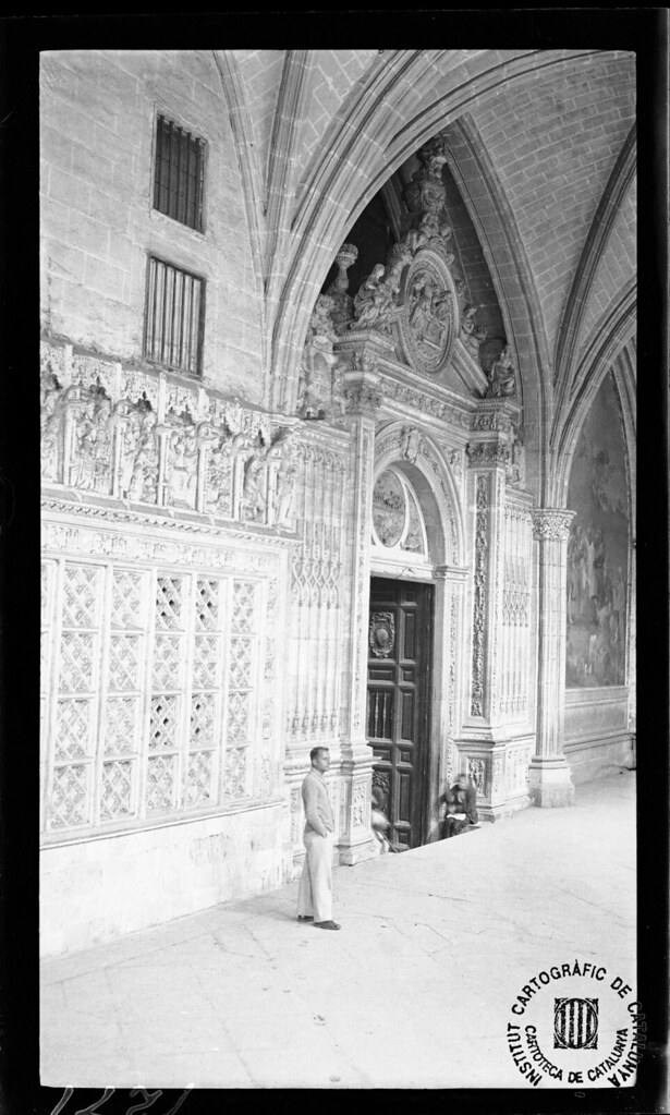 Claustro de la Catedral en 1933. Fotografía de Gonzalo de Reparaz Ruiz. © Institut Cartogràfic de Catalunya