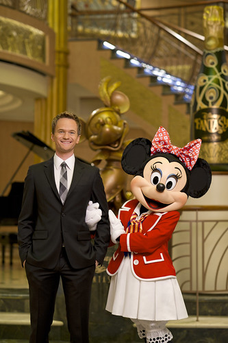 Neil Patrick Harris, Minnie Mouse