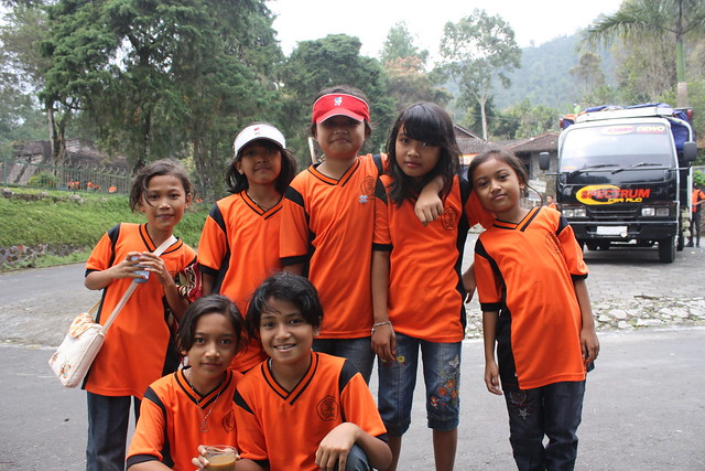 Around Solo, Candi Sukuh, school girls