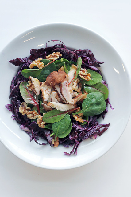 Red Cabbage, Mushrooms and Spinach