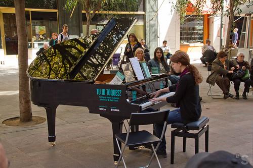 El Premio Maria Canals lleva la música a la calle