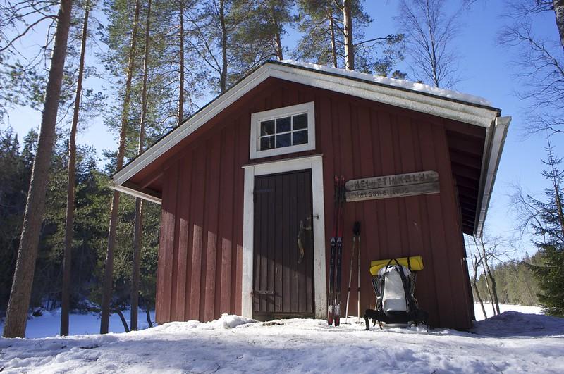 Hut at Helvetinkolu