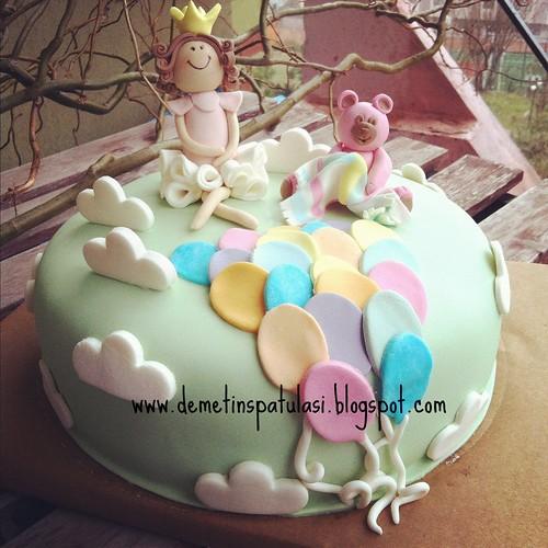 Balonlu 1 yaş pastası by Demetin spatulasi