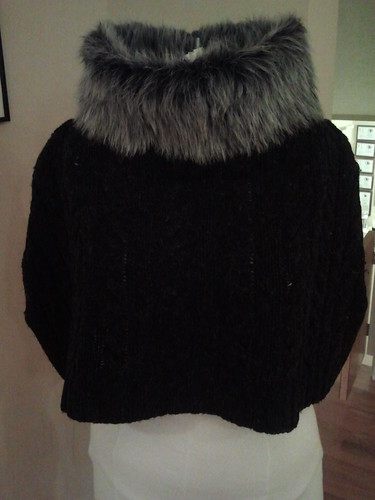 Finished capelet