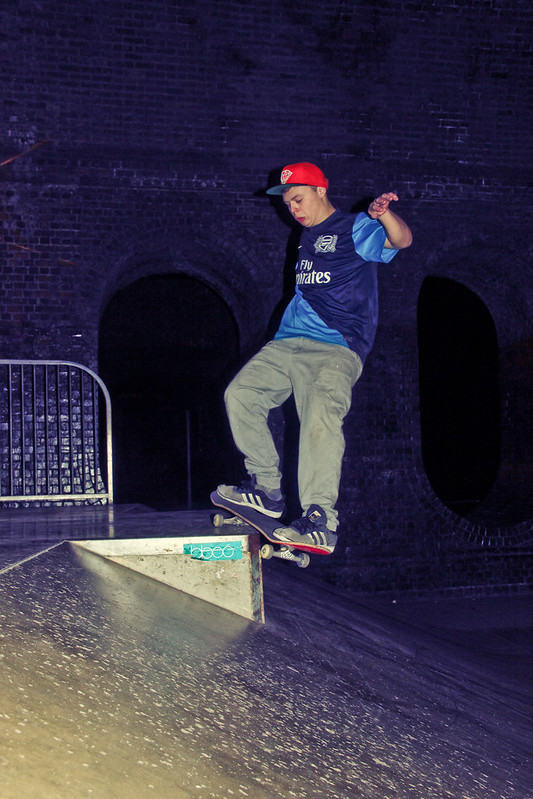 Chris Healey - Smith Grind @ High Wycombe