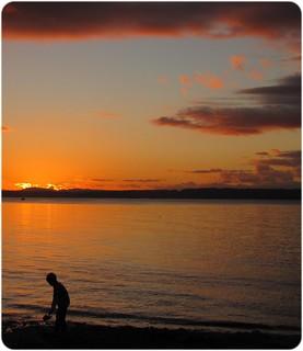 20120126_gg_sunsetboy1