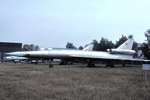 32r Tu-22