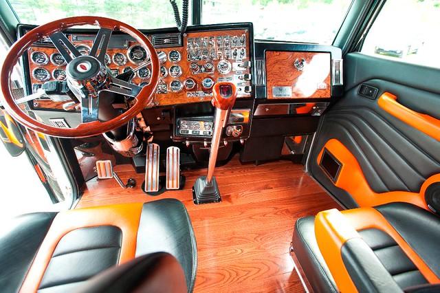 Coga power dash flickr photo sharing for Wood floor for 379 peterbilt