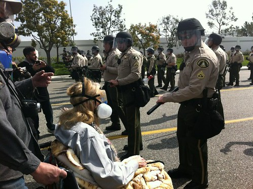 Woman in wheelchair tells cops this is not honorable!