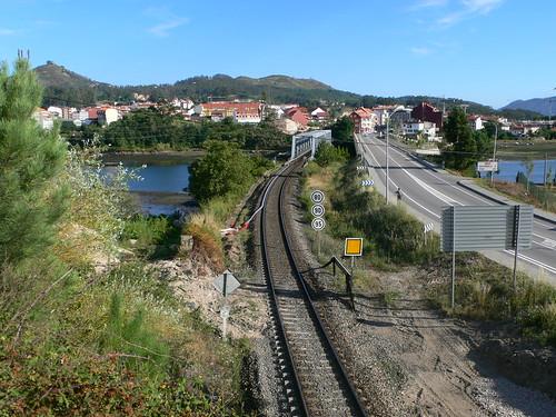 Trabajos de limpieza para la prevención de incendios en líneas férreas convencionales