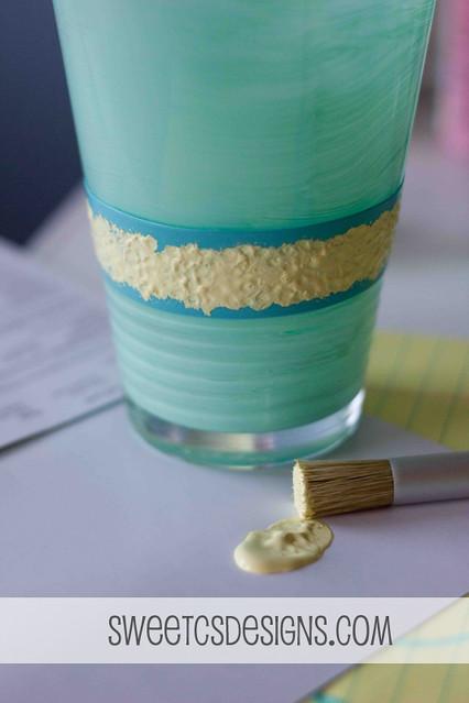easily paint a glass vase using martha stewart stencils
