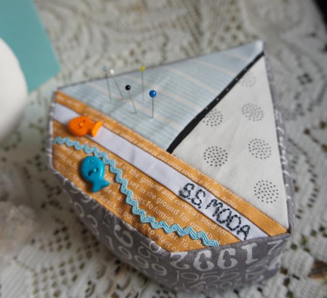 SS Moda Pincushion