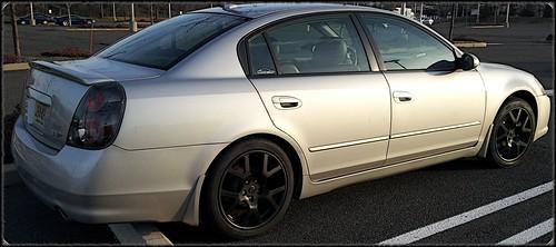 2002 nissan maxima engine rattle