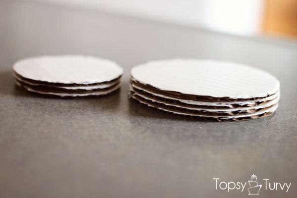 lego-head-cake-tutorial-stacked-cardboard-circles