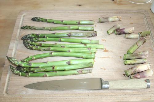 08 - Spargel kürzen / Shorten asparagus