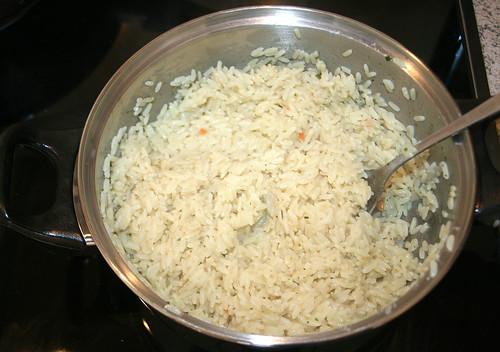 25 - Reis von der Platte nehmen / Remove rice from hotplate