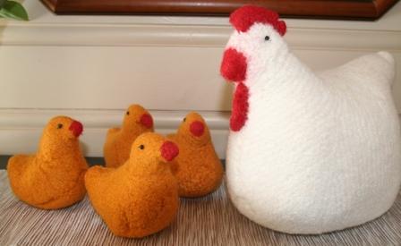Henrietta og kyllinger2 - Kopi