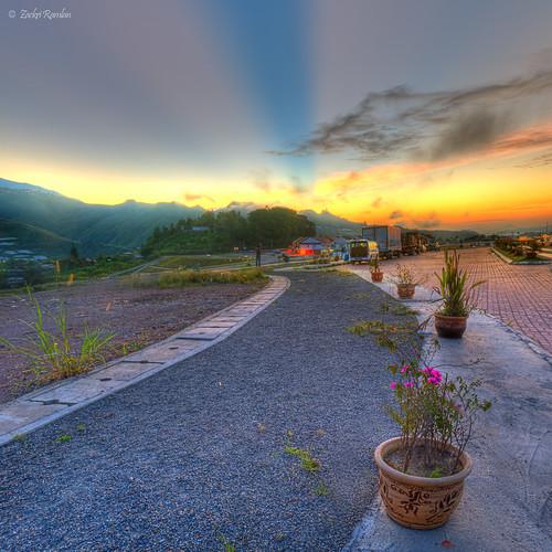 Calmness Kundasang Dawn by Zackri Zim'S™