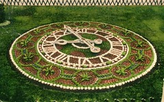 Princes Parade - Floral Clock, Bridlington, c.1907 (archive ref PO-1-20-84)