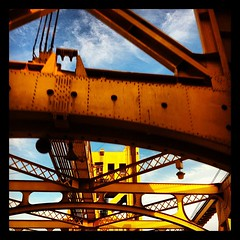 Tower Bridge, Sac Style