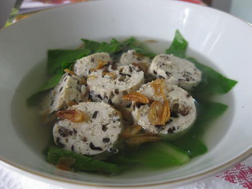 Sup Sawi & Galantine Ayam Tahu