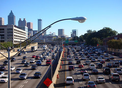 I-75, Atlanta (by: Atlantacitizen, Wikimedia Commons)
